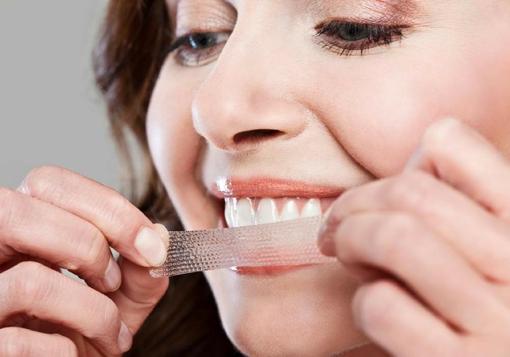 4 Bahan Bahan Alami Yang Efektif Untuk Memutihkan Gigi Diajengwitri